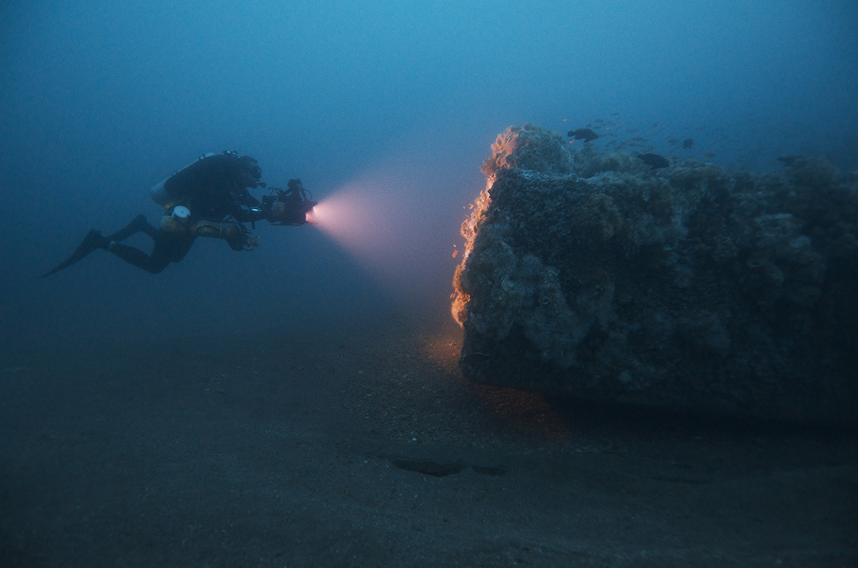 Diver on the USS <em>Monitor</em>'s wreck site, courtesy of NOAA